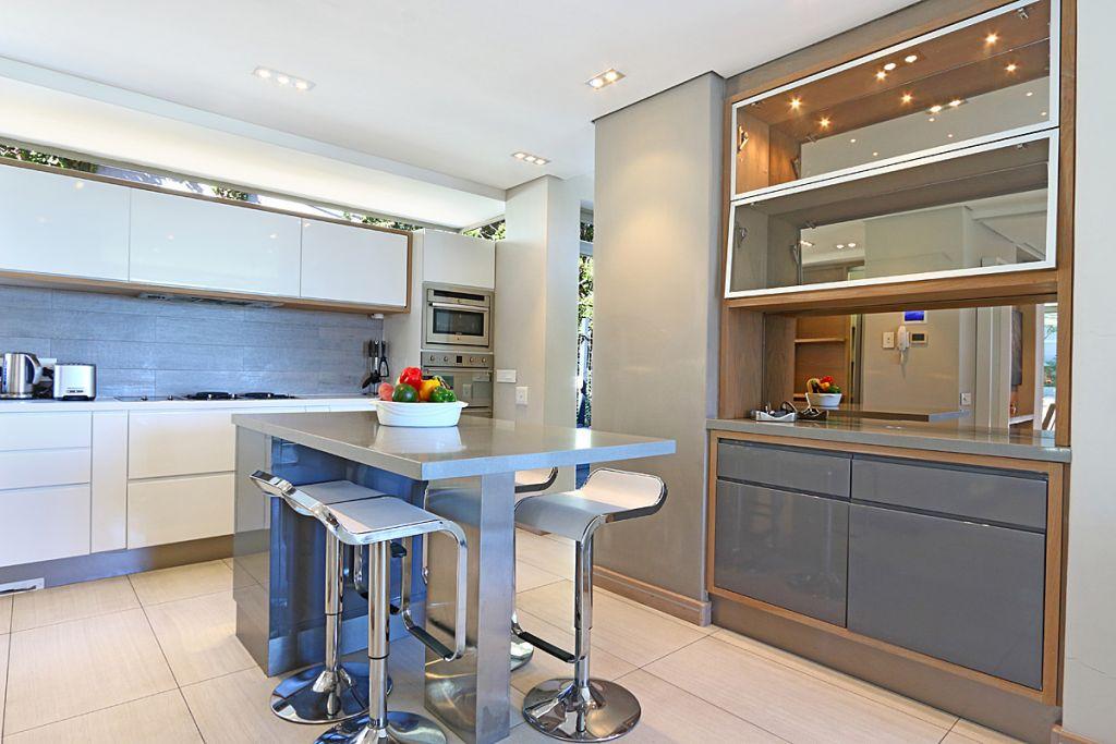 13 Kitchen1