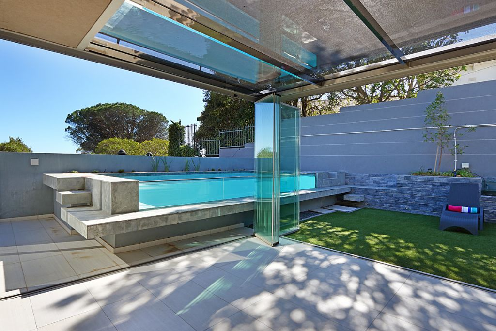 6 Views of pool from summer house