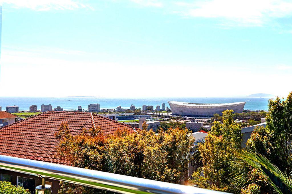 2 Balcony views2